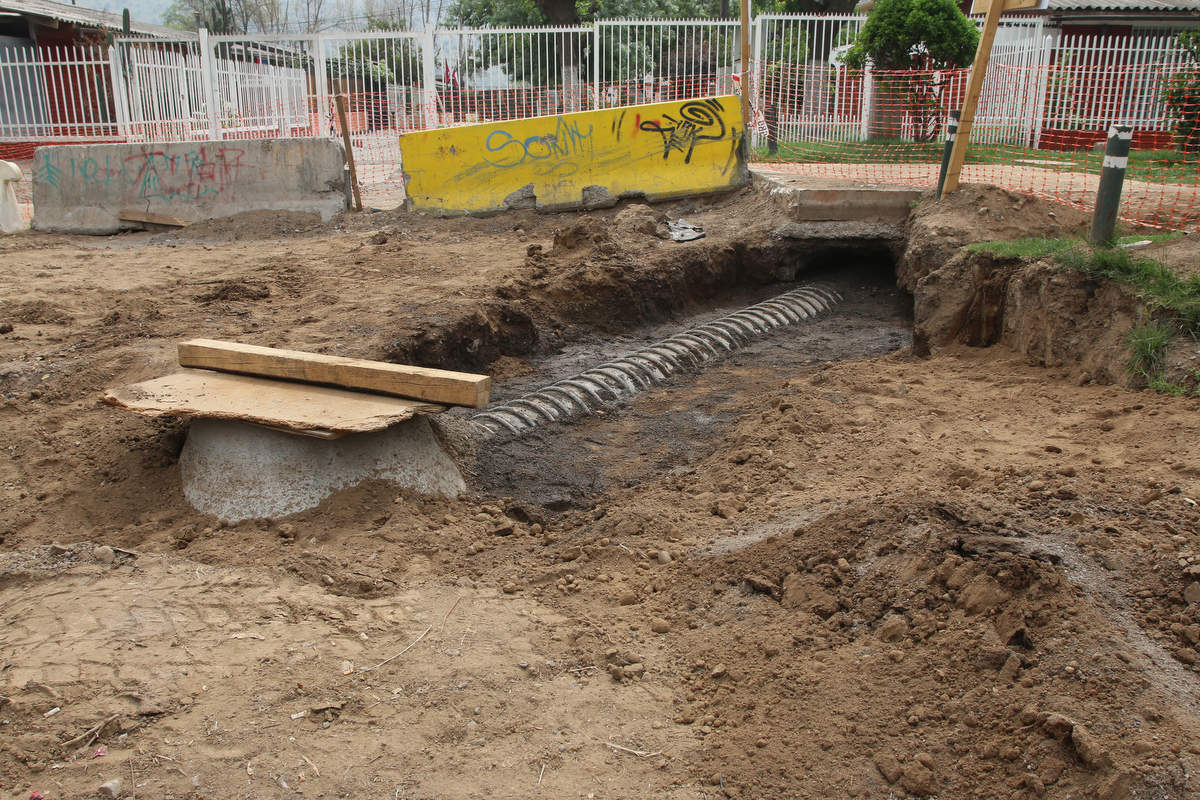 Avanzan obras del Colector que transformará en paseo peatonal intersección de Lasana con Avenida el Sauce
