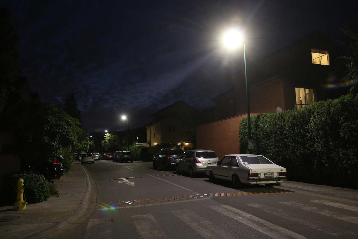 Nuevas luminarias peatonales en el Loteo El Solar II
