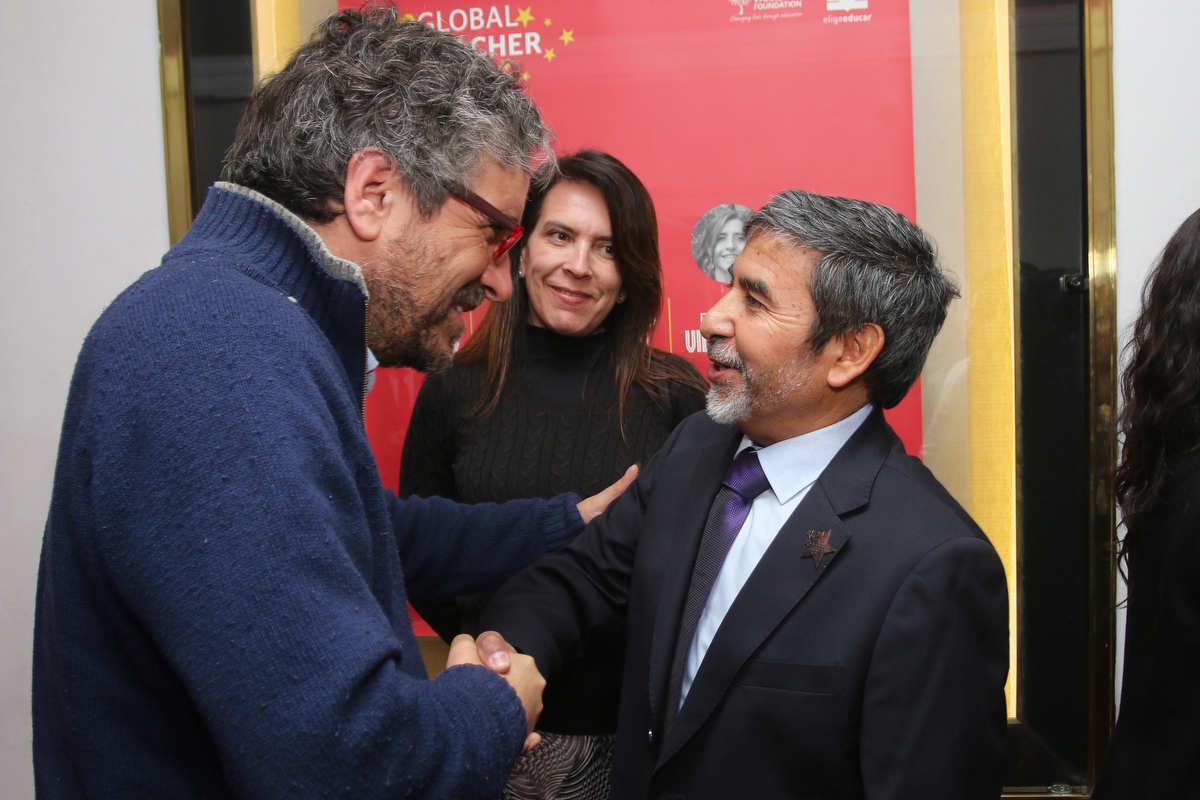Profesor de Huechuraba fue seleccionado entre los cinco mejores docentes del Global Teacher Prize Chile 2018