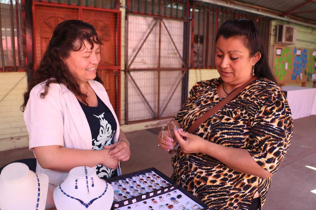 Programa Mujeres Jefas de Hogar certificó a 15 vecinas de Huechuraba
