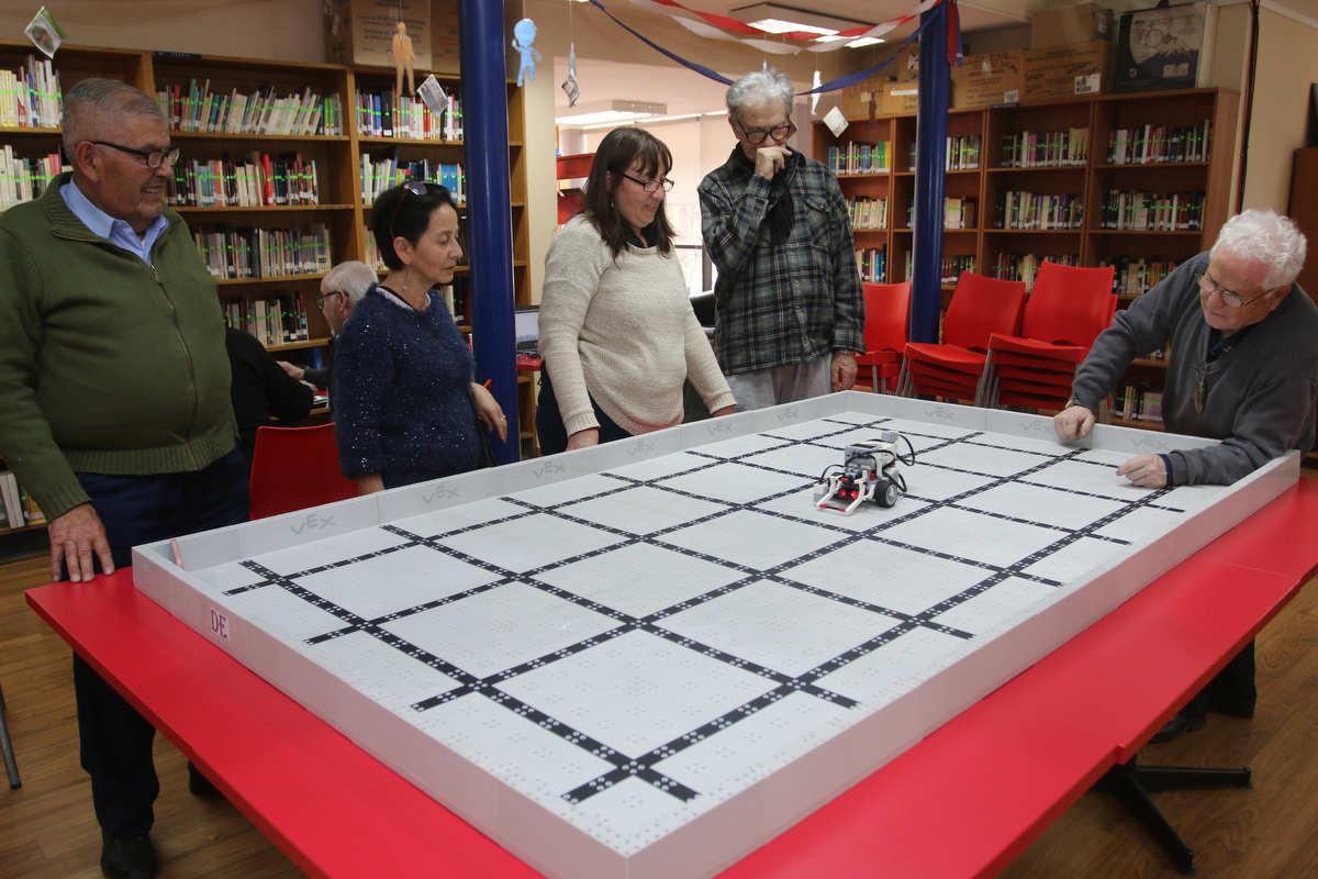 Primer Taller de Robótica Senior de Huechuraba