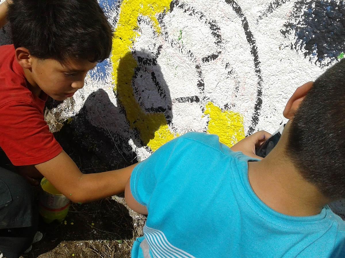 Niños de Huechuraba contruyeron murales preventivos