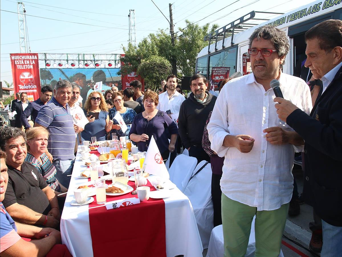 Huechuraba se lucio en la teleton 2016 con el desayuno de Chile