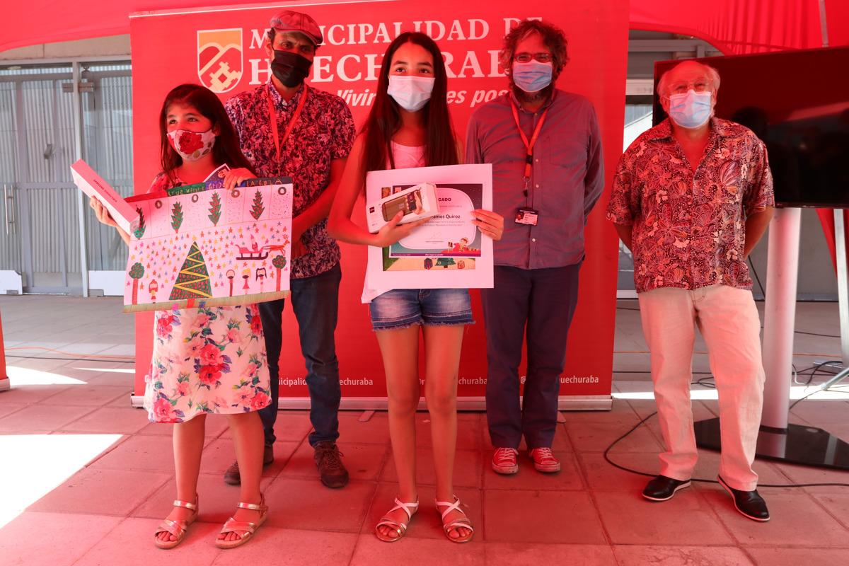 Ganadores del Concurso de Pintura en Navidad recibieron sus premios
