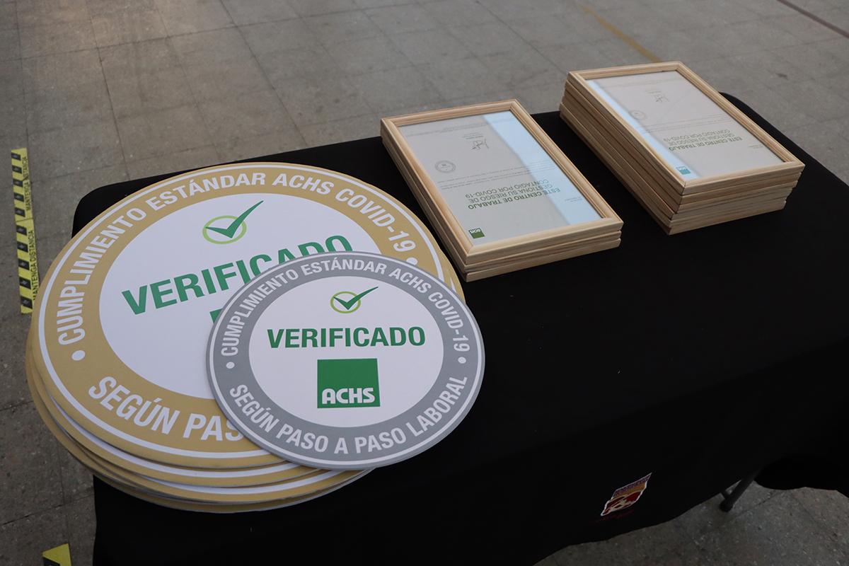 Establecimientos educacionales de Huechuraba reciben certificación por la Gestión Preventiva frente al Covid-19